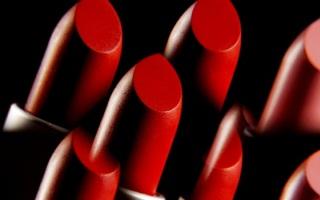 Lippenstift - schön farbenfroh