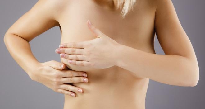 Wie wenn bei der Frau die kleine Brust zu sein